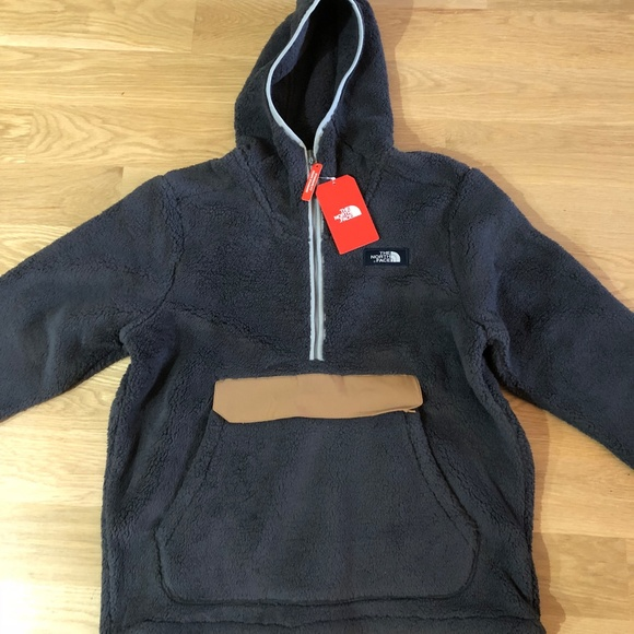 North Face Men/'s Campshire Pullover Hoodie NWT New Winter 2018